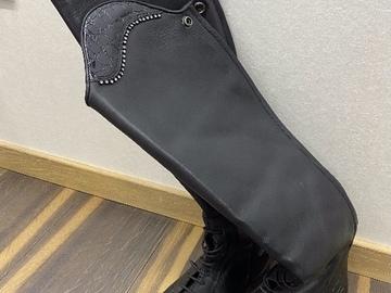 Selling: Pikad saapad s40, uued