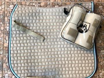 Selling: ESKADRON dressage saddle pad