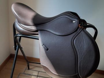 Selling: NEW Letek (Tekna) all purpose saddle.